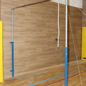 Perekladina-gimnasticheskaya-pristennaya